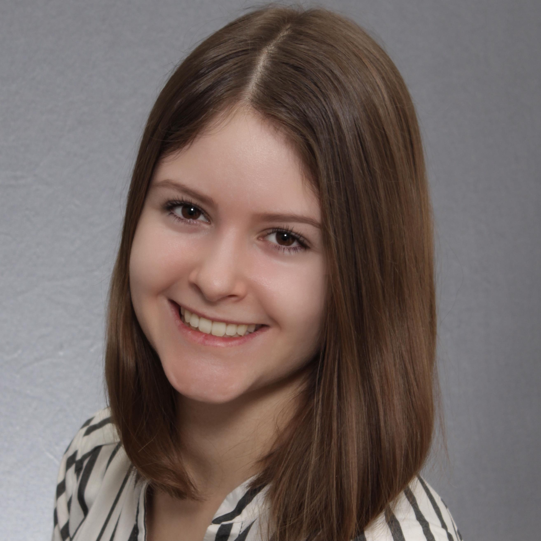 Renée Düster